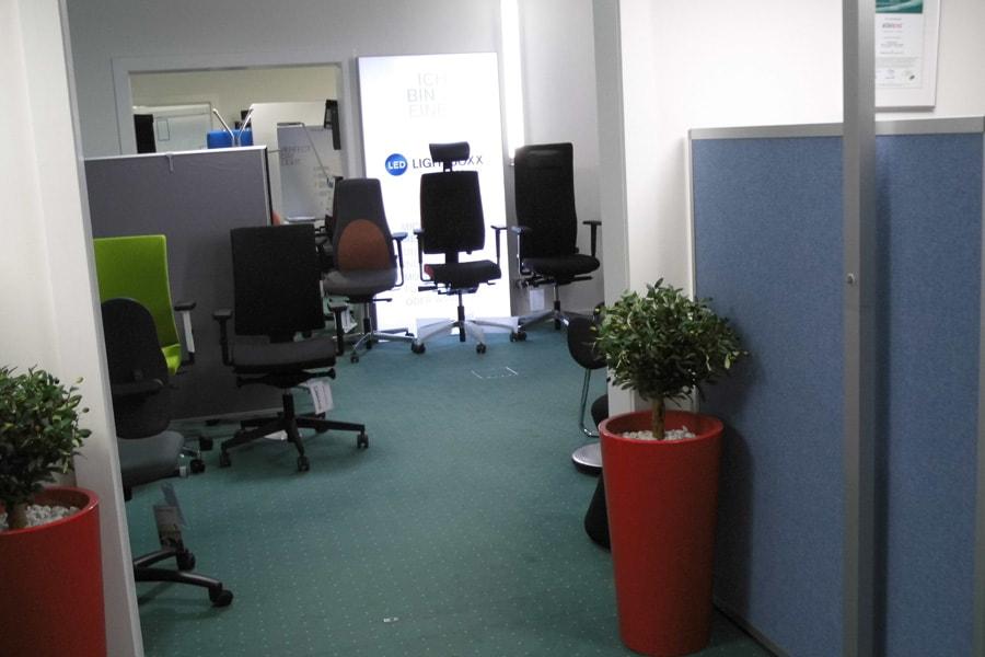 ausstellung Bürostuehle showroom