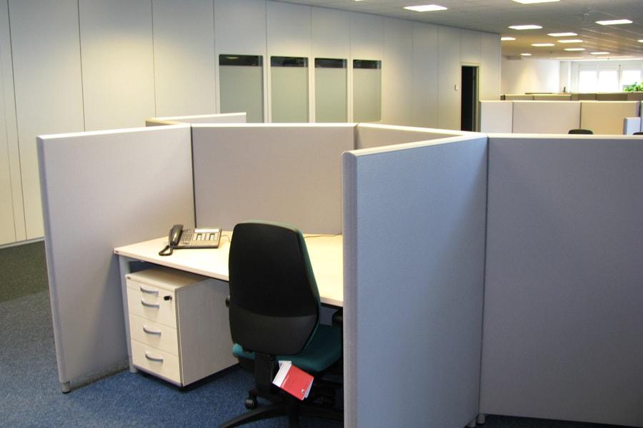 abgeschirmter arbeitsplatz