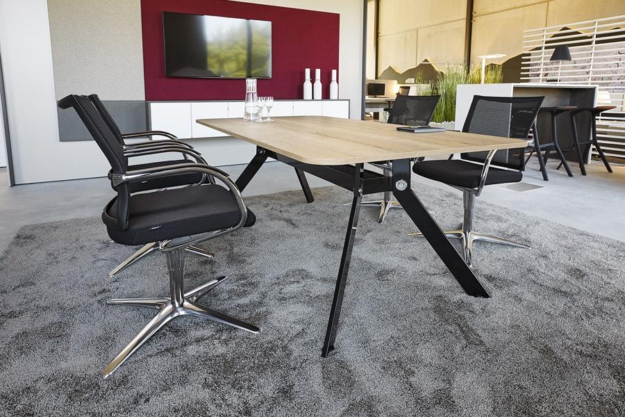 besprechungsraum möbel ausstattung