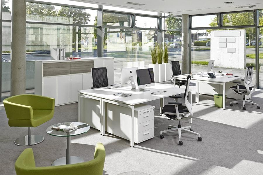 Büromöbel grün modern