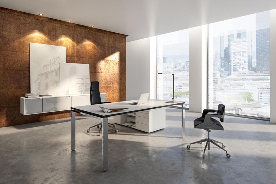 Büroraum eingerichtet Büromöbel